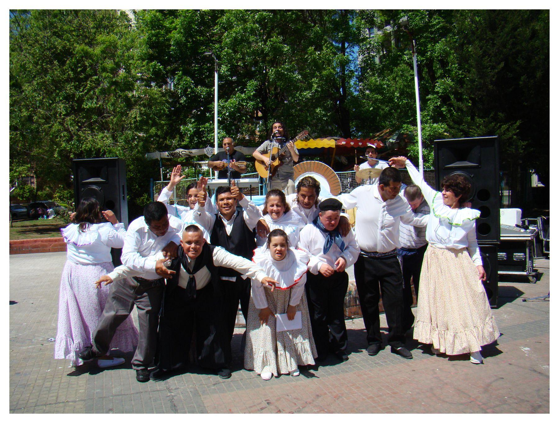 Folklore en la Granja Andar